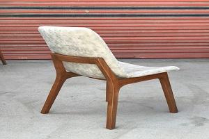صندلی طرح چوب